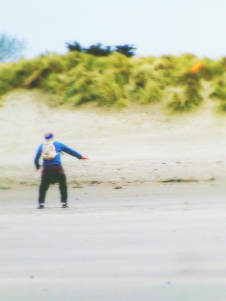 Flying Saucer Man by ajisaac