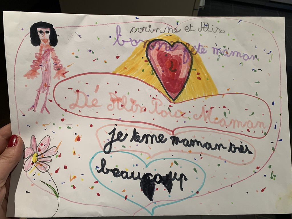«Je tème maman très beaucoup» with hearts.  by cocobella