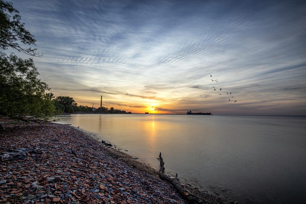 Lakeside Park Sunrise by pdulis