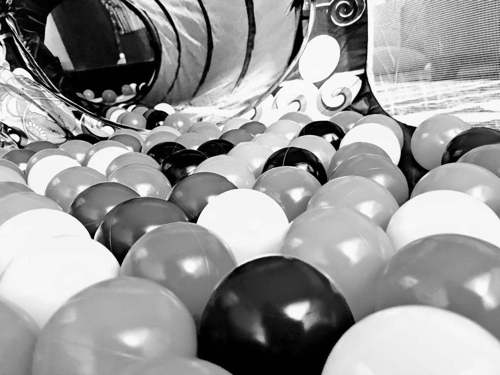 Ball Pit by stephan_haay