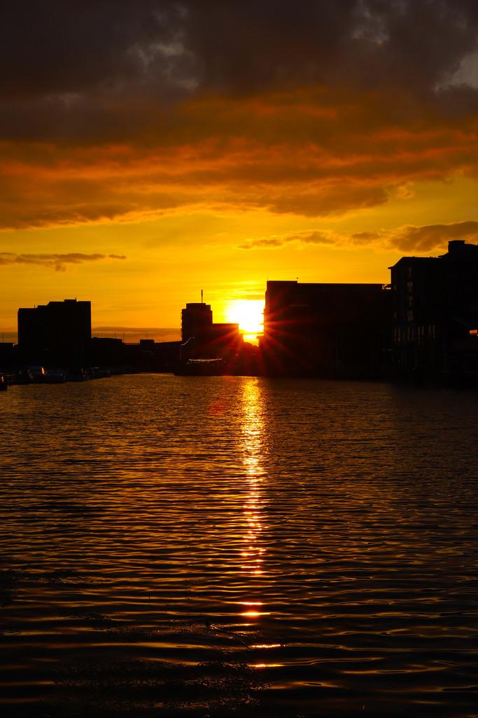 Brayford Sunset by phil_sandford