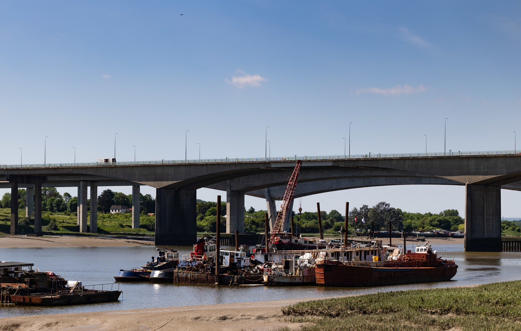 The Medway crossing... by peadar