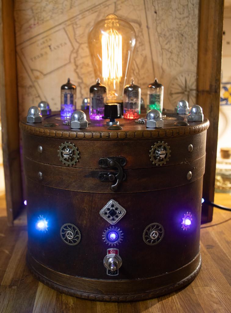 Steampunk lamp by swillinbillyflynn