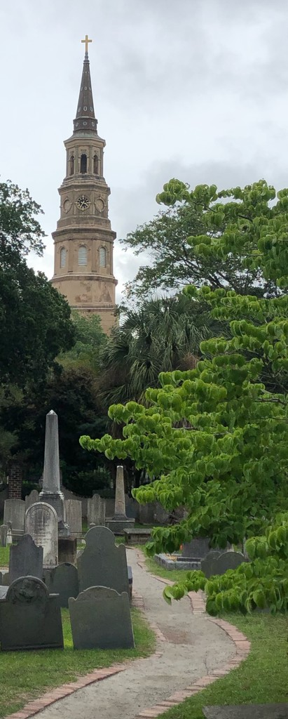 Graveyard and St Michael's Church steeple, Charleston by congaree