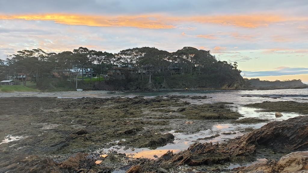 Sunset at Malua Bay by julianneovie