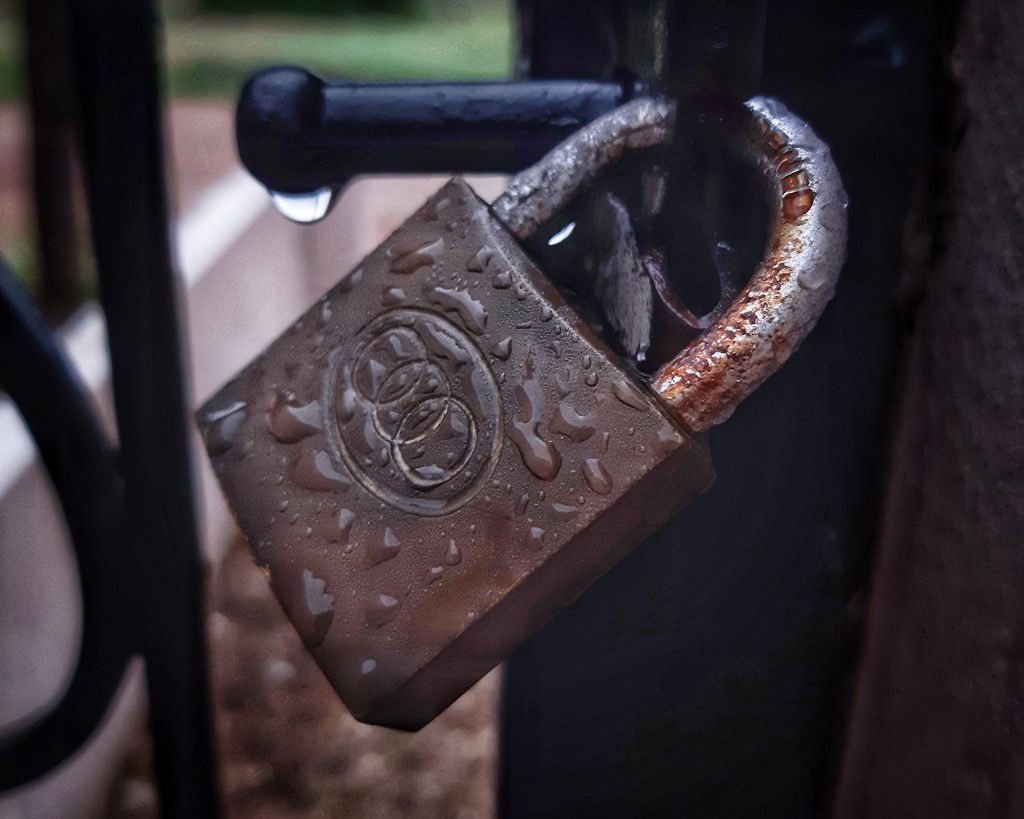 Locked  by salza
