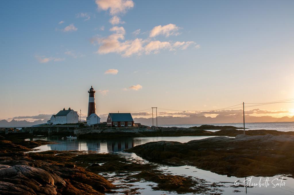 Tranøy lighthouse by night by elisasaeter
