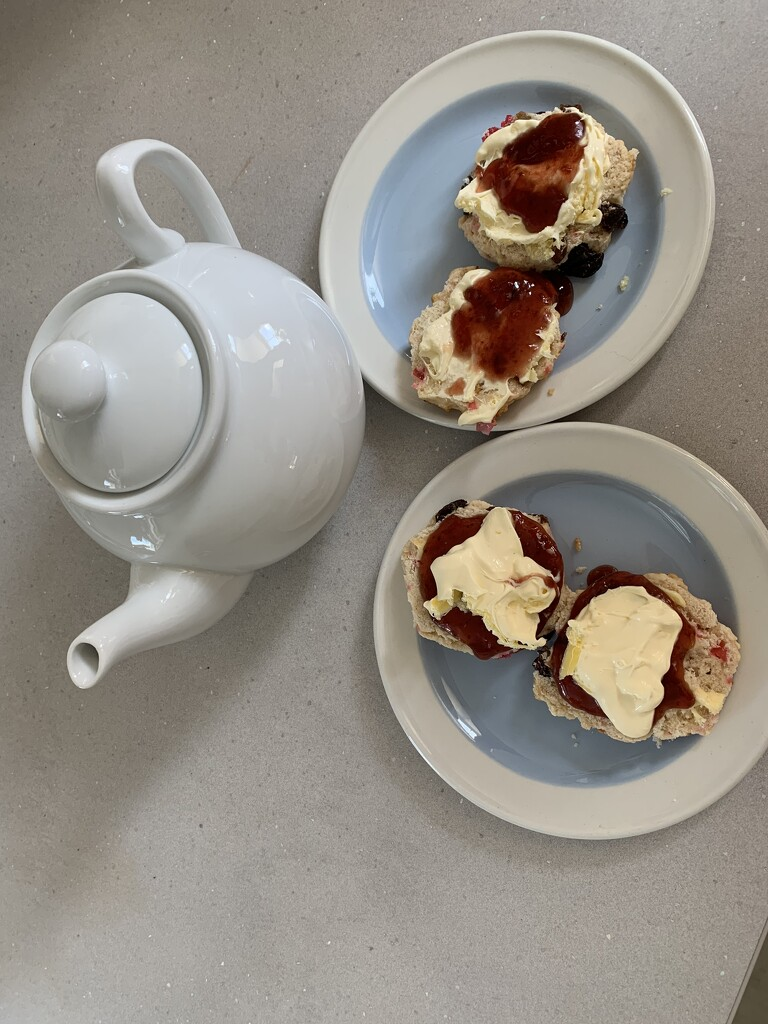 2021 06 29 - Afternoon Tea by pixiemac