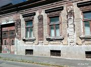6th Jul 2021 - An old house ......