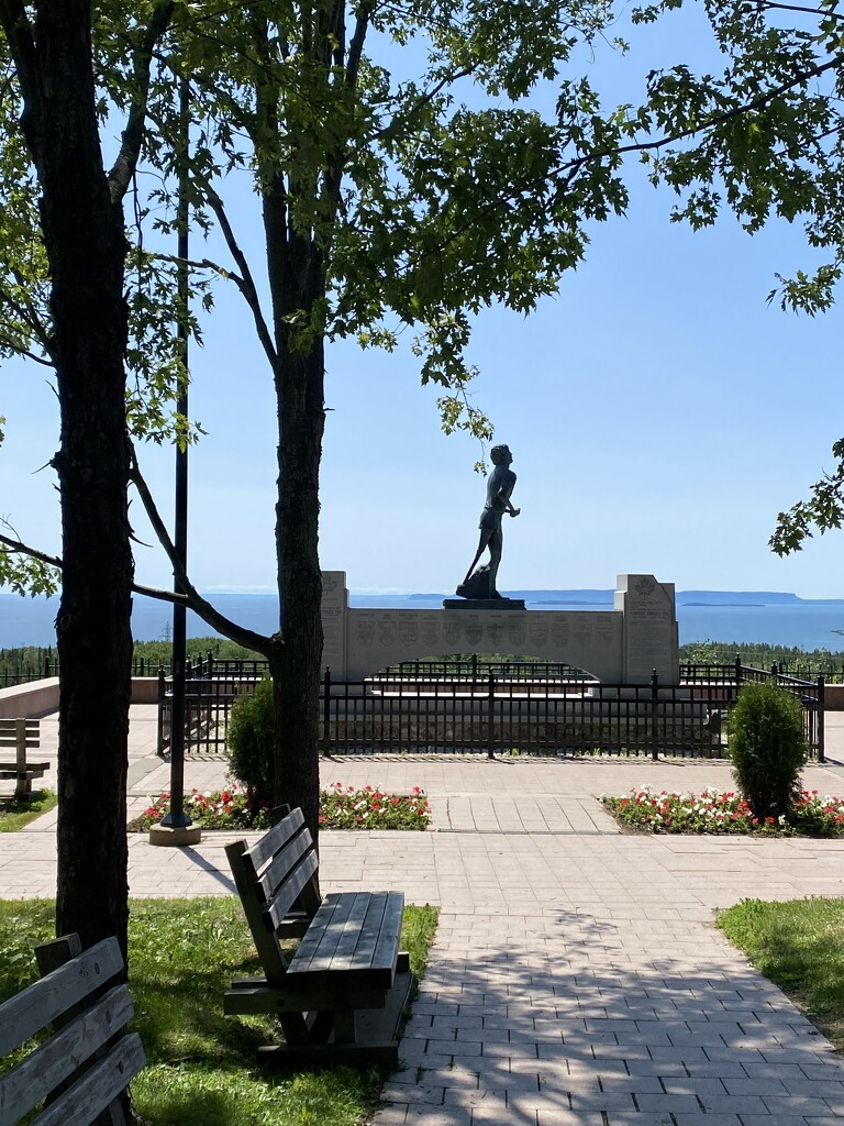 Terry Fox Memorial in Thunder Bay by frantackaberry
