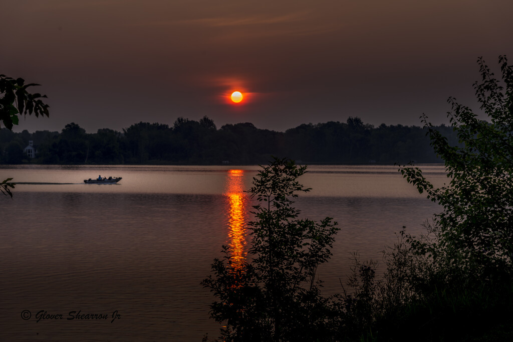 Early Morning Fishing on the Hoover Reservoir by ggshearron