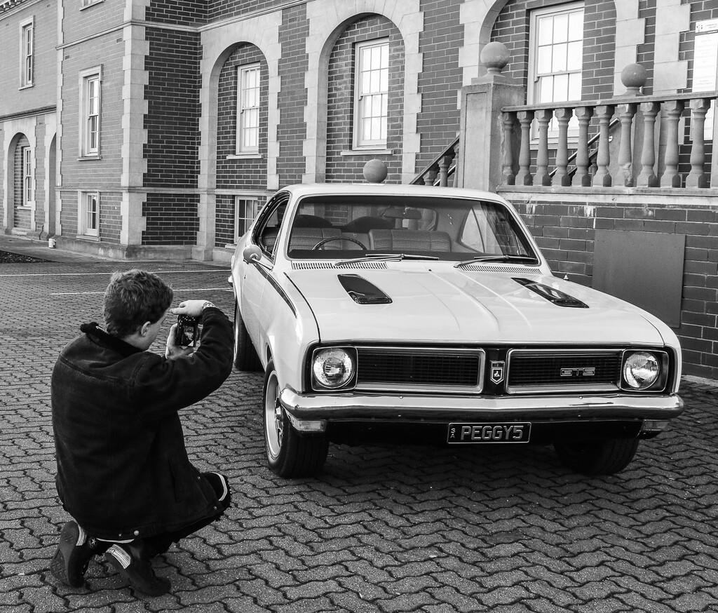 The photographer by flyrobin