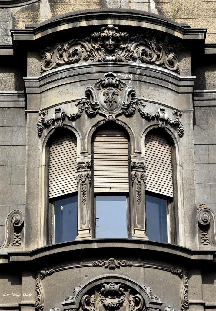 A window from Turkish Street by kork