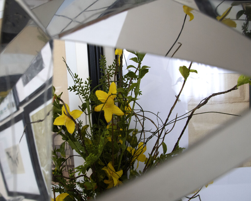 Vortograph of 3D Photography #2 by lynbonn