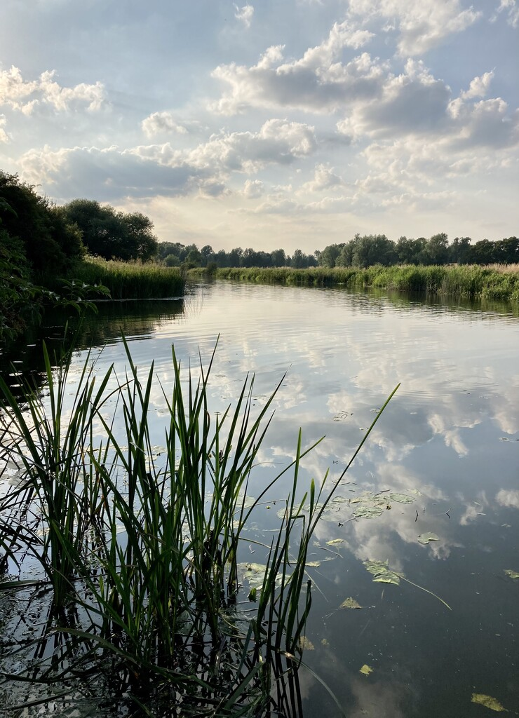 Early evening on the Great Ouse by sianharrison