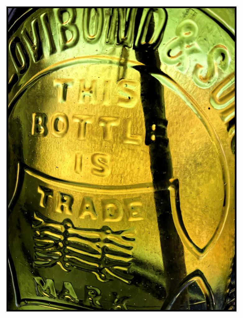 2021-07-16 Lotta Bottle by cityhillsandsea