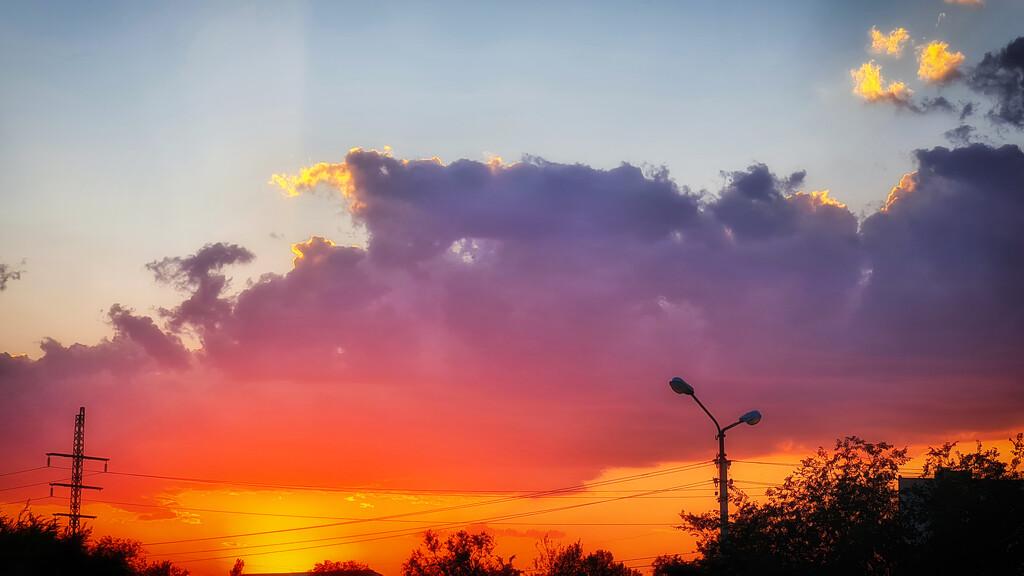 Beautiful sunset by evgeniamsk
