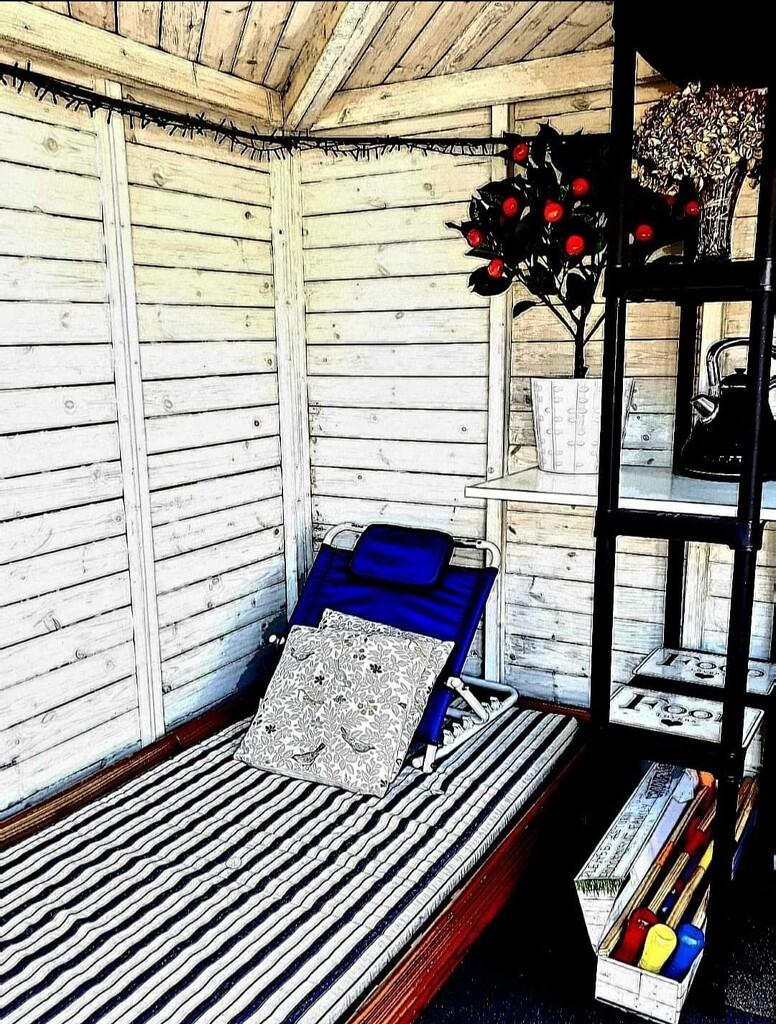 My Summerhouse Retreat. by teresahodgkinson