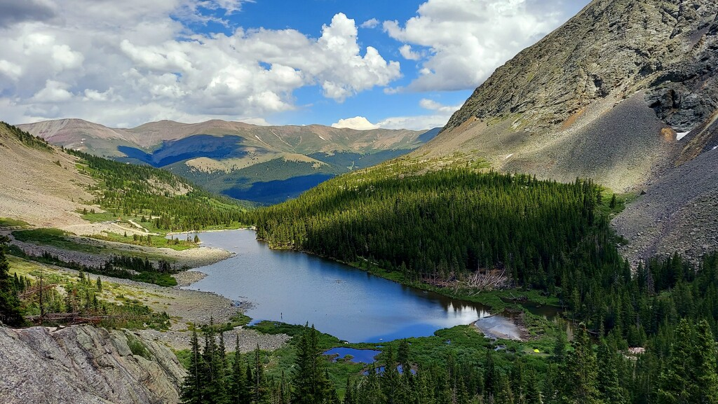 Blue Lake  by harbie