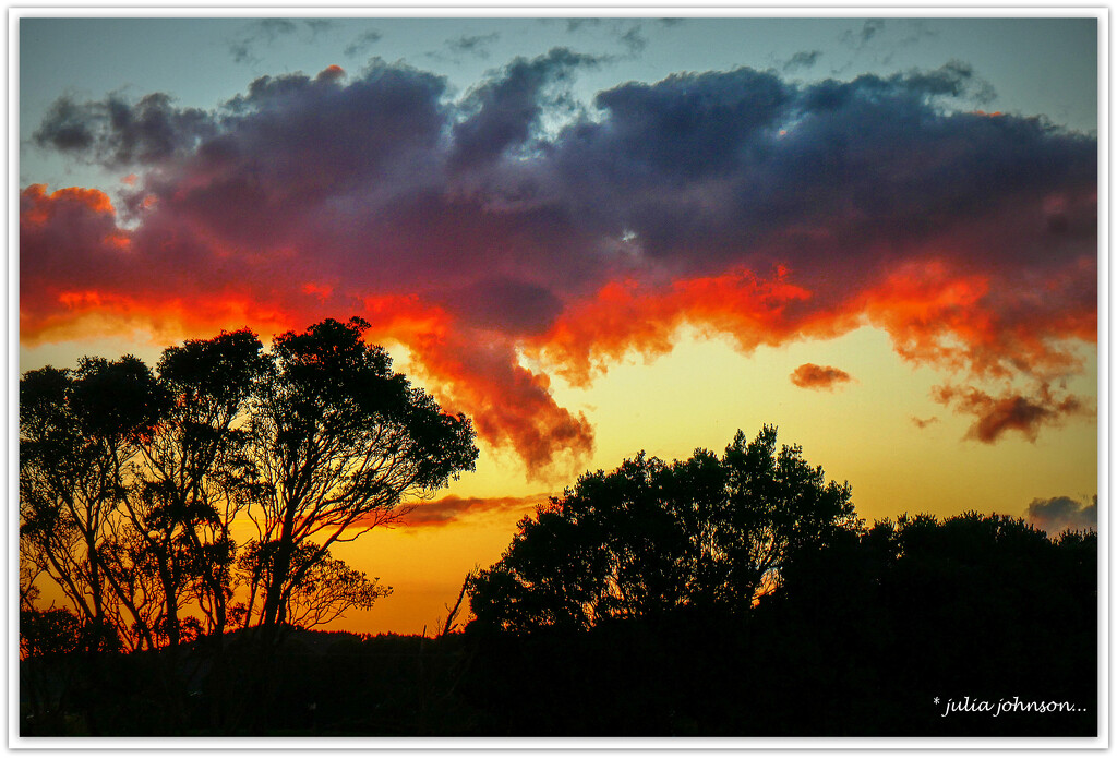 Fire in the Sky... by julzmaioro