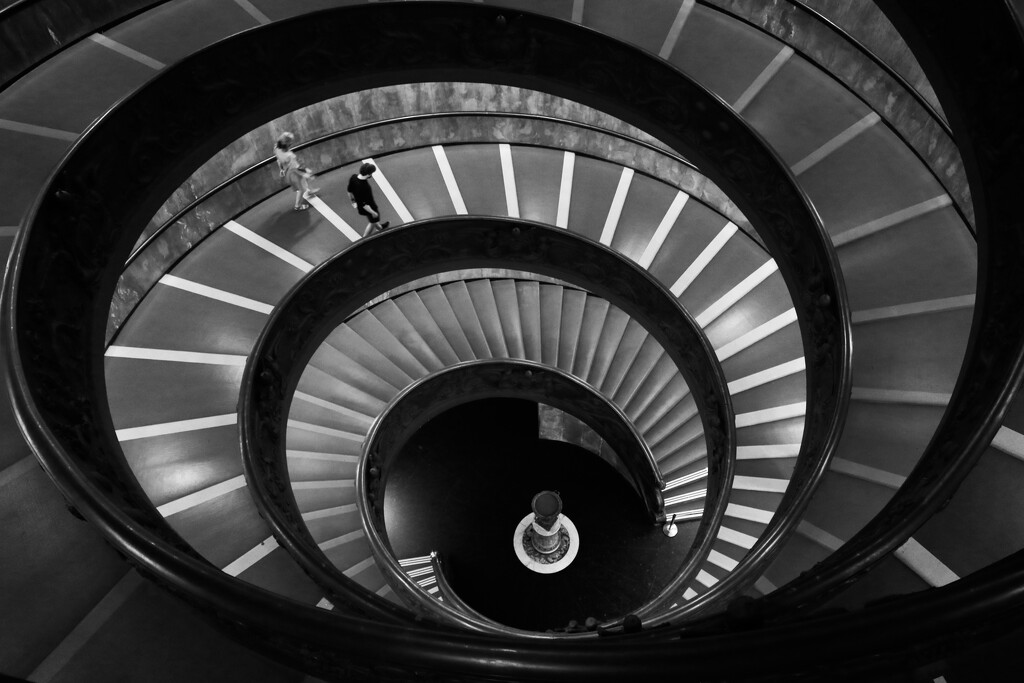 Momo's staircase by frappa77