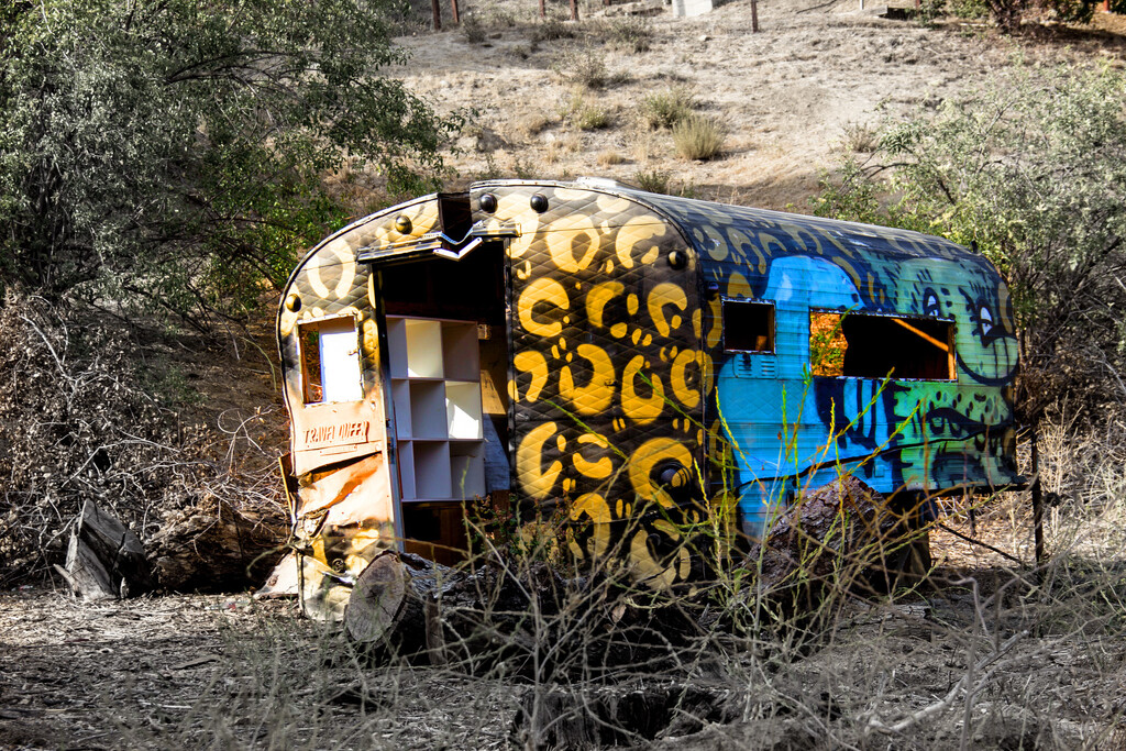 Old Van by jaybutterfield
