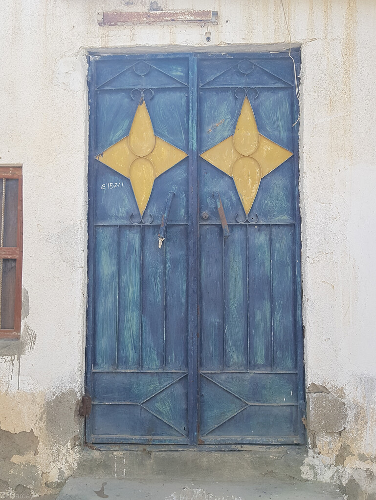 Omani Door #25 by clearday