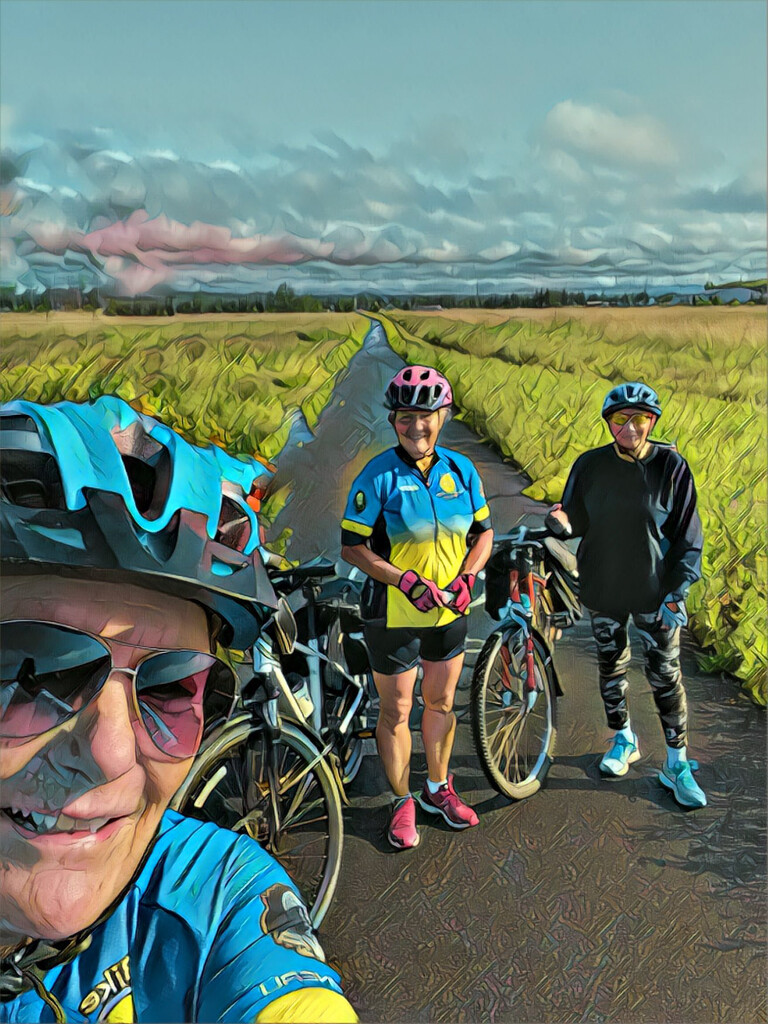 20km Bike Ride this Morning  by radiogirl