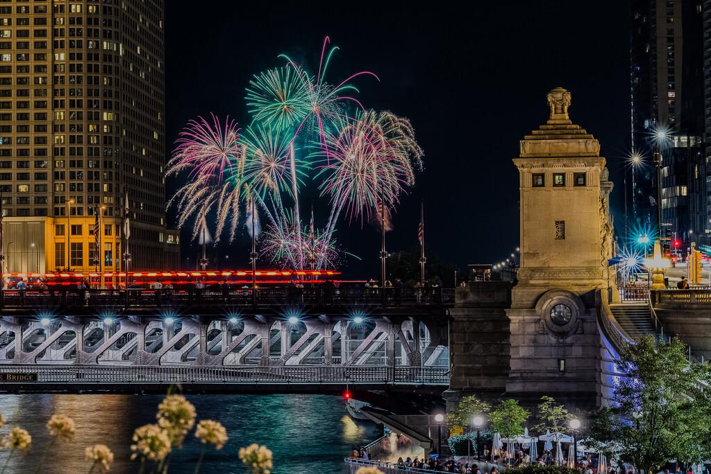 Chicago Celebrates Summer by jyokota