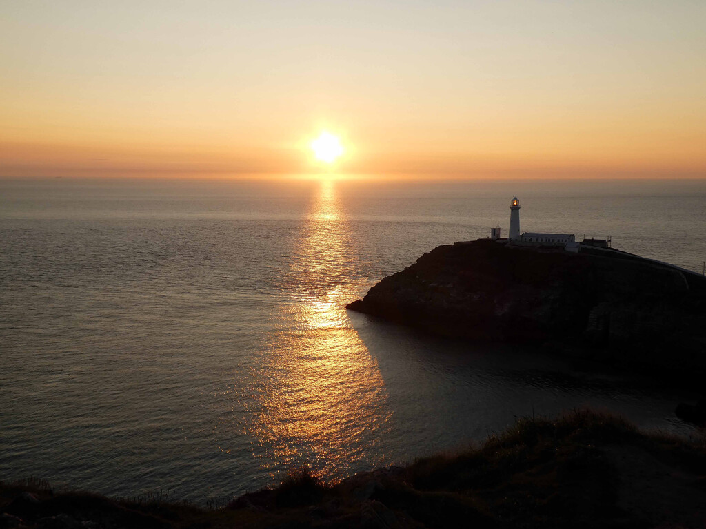 Sunset at South Stack by cmp