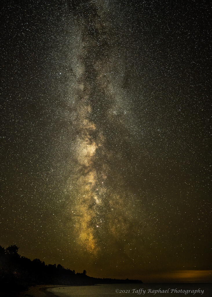 A Vertical Milky Way by taffy