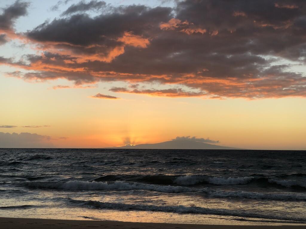 Maui Nō Ka Oi by fauxtography365