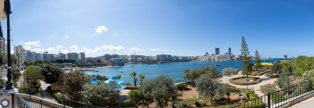 Pano of the coast at Sliema, Malta. by lumpiniman