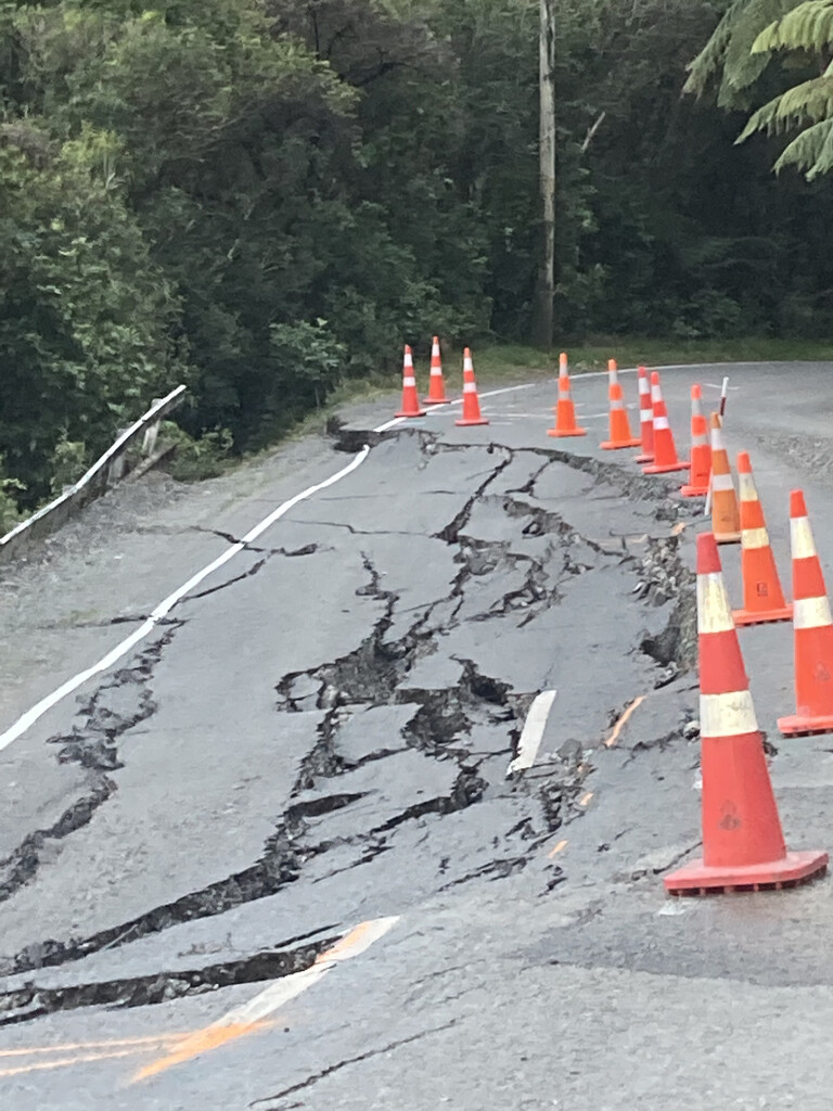 Road closed by kiwinanna