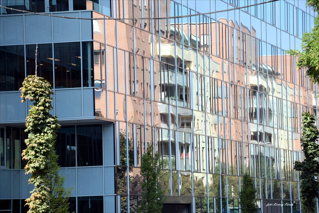 The simple glass facade can also be interesting! by kork