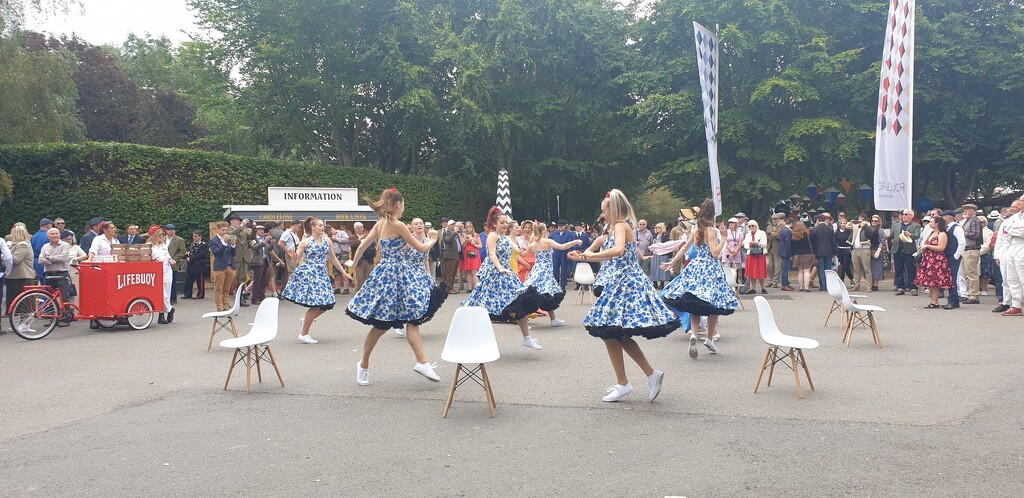 Dancers at Goodwood Revival by cmm1234