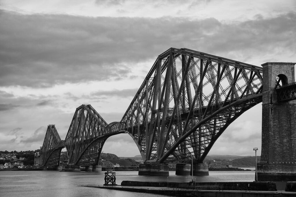 Firth of Forth Rail Bridge by jamibann
