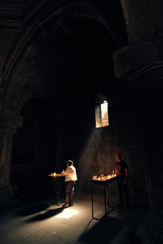 Light above by stefanotrezzi