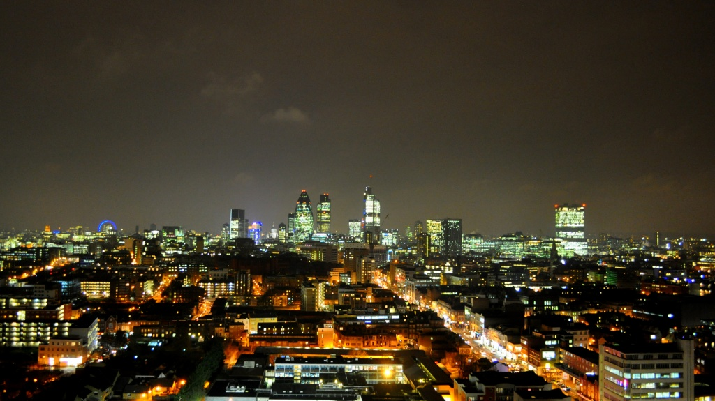 London Skyline by andycoleborn